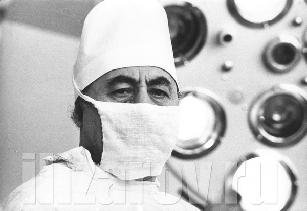 ilizarov-v-maske